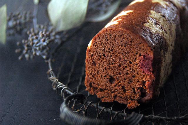 チョコレートとラズベリーのクリスマスケーキ