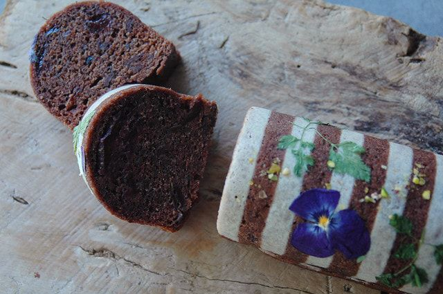 チョコレートとラズベリーのふくれ菓子