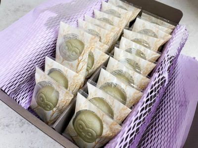 会社や職場への手土産におすすめ、個包装になったかわいいお菓子です。