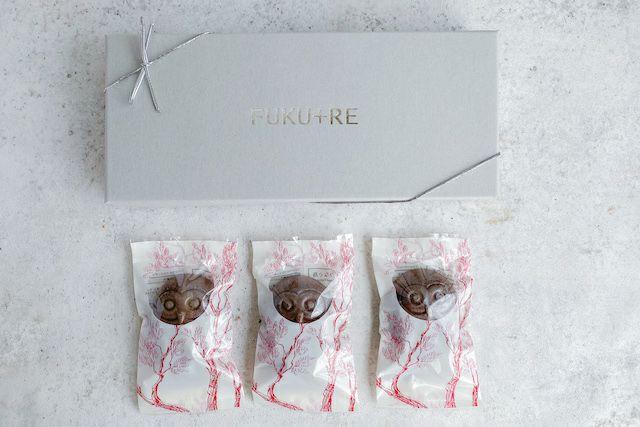 バレンタインに人気のお取り寄せスイーツ、チョコフクロウのフロランタン